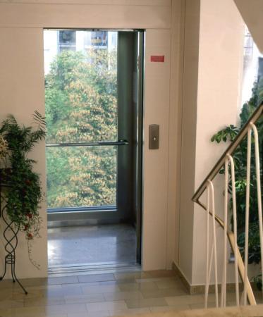 Hotel Graf: Aufzug