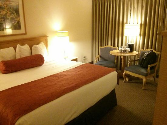 Coast Bellevue Hotel: Clean and comfortable