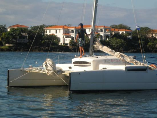 Roger's Cat Cruises - Day Tours: Merita....