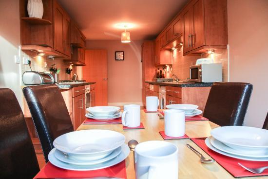 Edinburgh Playhouse Apartments: Kitchen