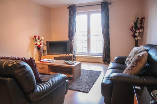 Edinburgh Playhouse Apartments: Living Room