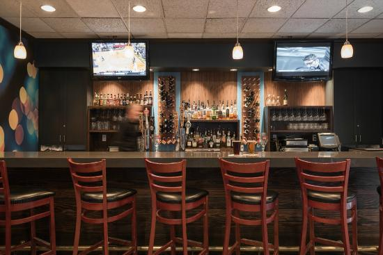 DoubleTree by Hilton Hotel Park City - The Yarrow: Bar