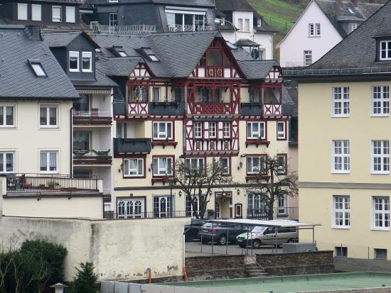 Hotel Zehnthof: Hotel is the timbered building in the middle