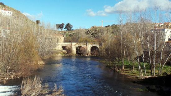 Plasencia: Puente de San Lázaro (1498)