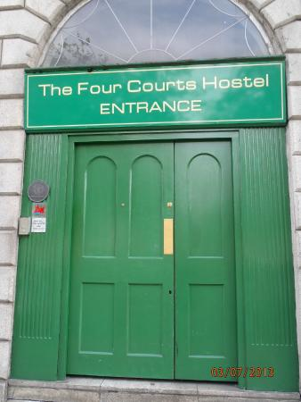 Four Courts Hostel : Entrada do Hostel
