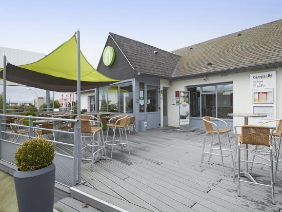 Campanile Le Mans Centre : HOTEL EXTERIEUR