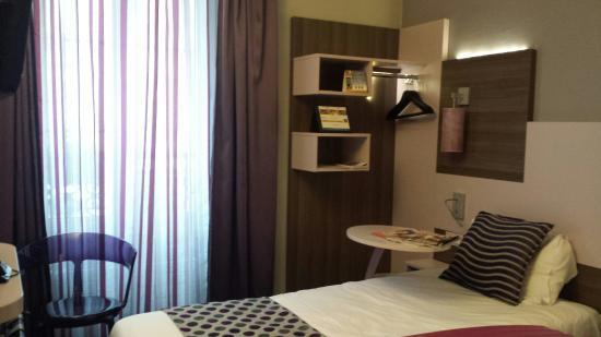 Comfort Hotel Nation Père Lachaise - Paris 11 : Quarto individual
