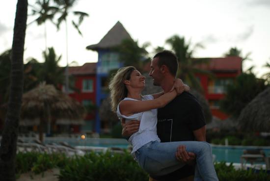 Tropical Princess Beach Resort & Spa: Hotel et piscine