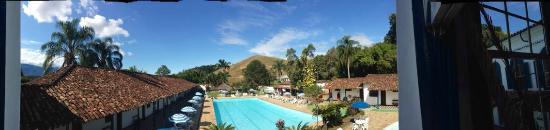 Engenheiro Passos, RJ: Foto panorâmica da piscina