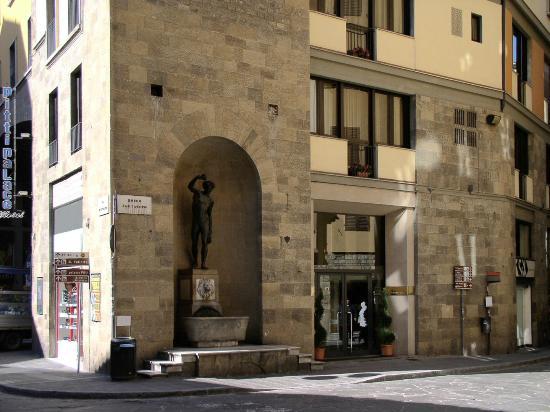 Pitti palace al ponte vecchio hotel firenze prezzi 2017 for Soggiorno pitti firenze