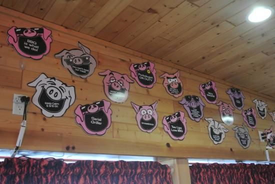 Hog Wild BBQ: Our funny pig slogans