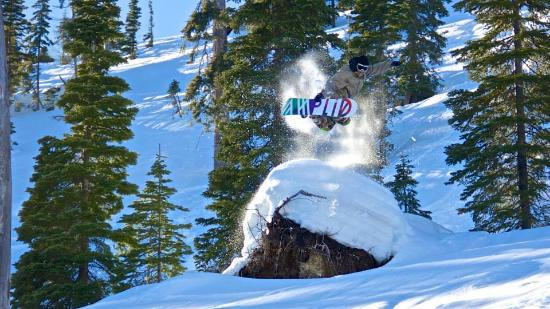 Great Northern Powder Guides: Lot's of poppers to boost a little air time