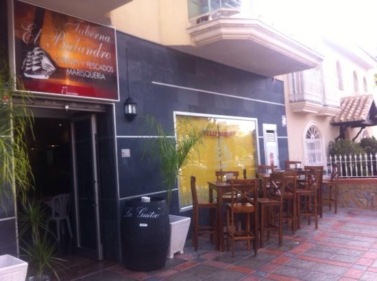 Restaurante taberna el balandro en fuengirola con cocina - Cocinas fuengirola ...