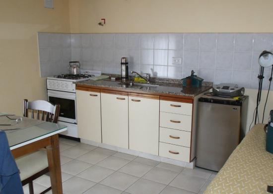 Hosteria Alto Verde: sector de cocina