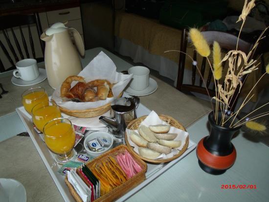Hosteria Alto Verde: desayuno en el departamento