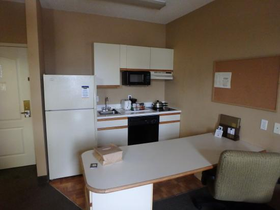 MainStay Suites : great kitchenette