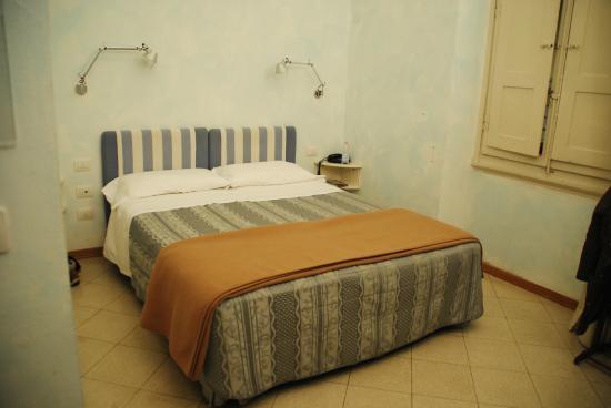 Residenza Il Maggio B&B: Habitación amplia y confortable.