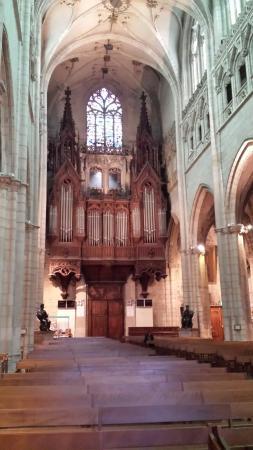 Eglise Saint Nizier : The organ
