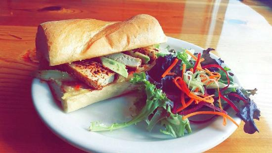 Sage's Cafe: Daily lunch specials Monday-Friday!