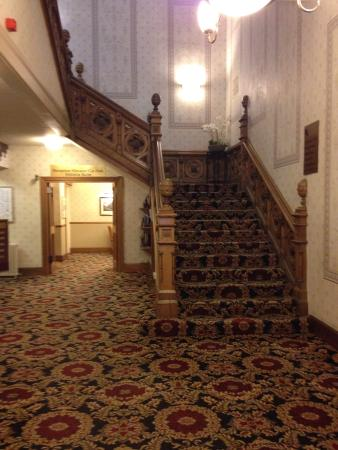 Best Western Queens Hotel : The grand entrance