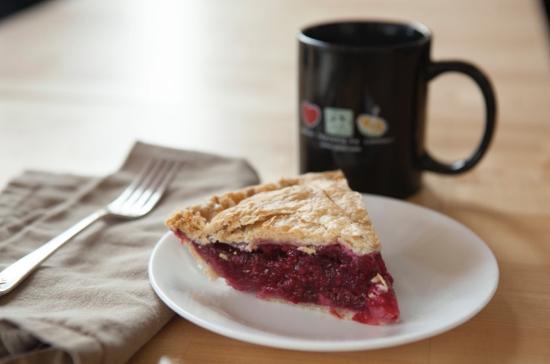 Grand Traverse Pie Company : Cherry Pie and Coffee