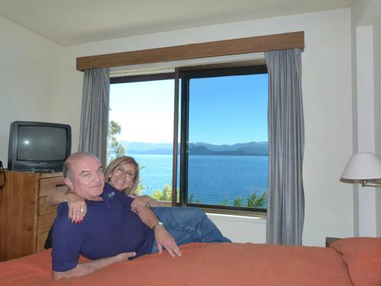 Apart Costa Azul: Vista del lago desde la habitación