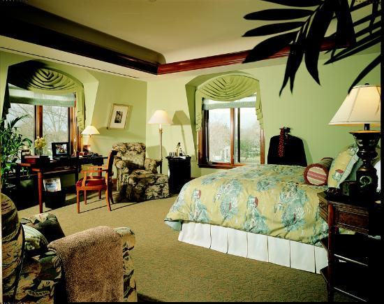 The Rose Hotel: Executive King Room