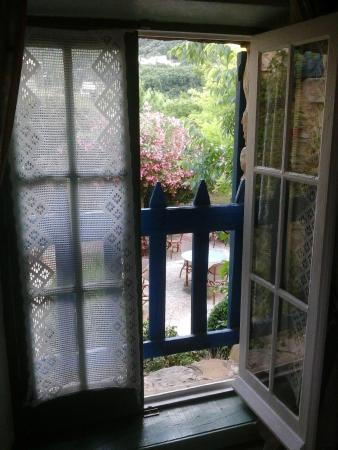La Bastide Bleue: Window View from our Room