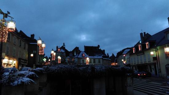 Coeur de France Ecole de Langues: Sancerre after the first snow