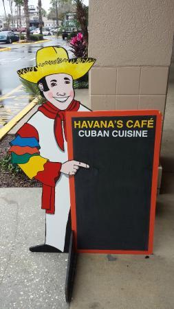 Havana's Cafe: specials board