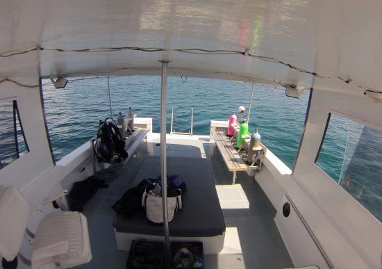 Man-O-War Cay: The Office
