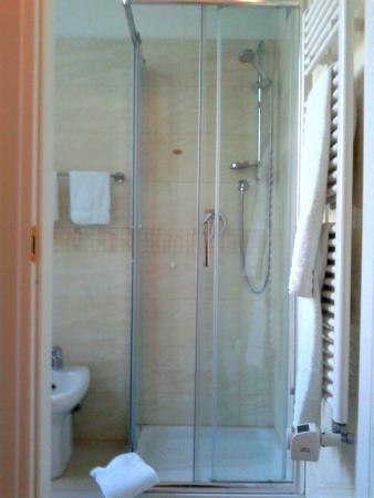 Hotel Amalfi: doccia molto pulita