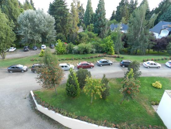 Jard n picture of hotel villa huinid bustillo san for Jardin 52 bariloche