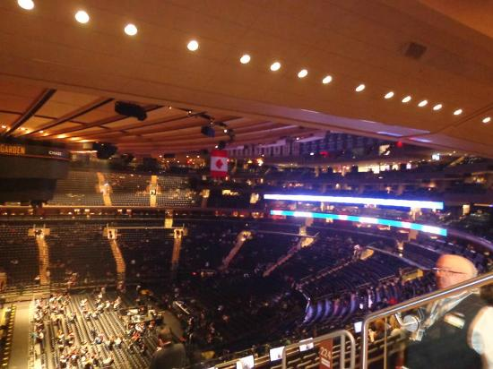 Antes do show do paramore Picture of Madison Square Garden New