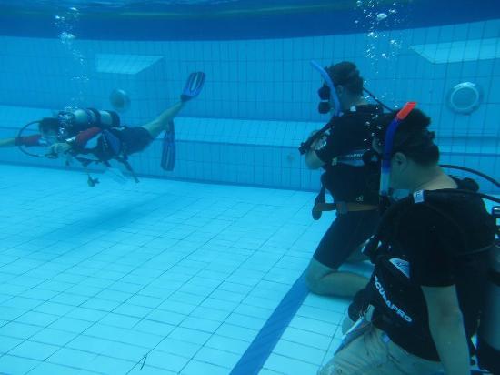 Раваи, Таиланд: Pool Skills Training