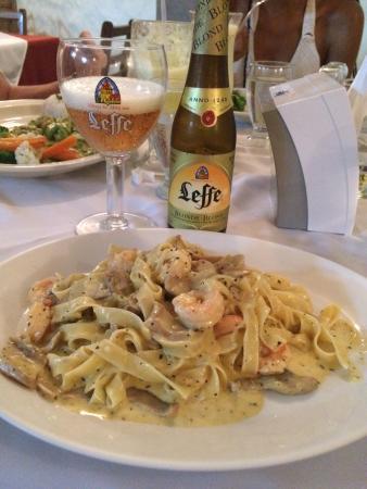 Restaurante Casa Esmeralda : Tagliatelle con camarones y hongos! Delicioso