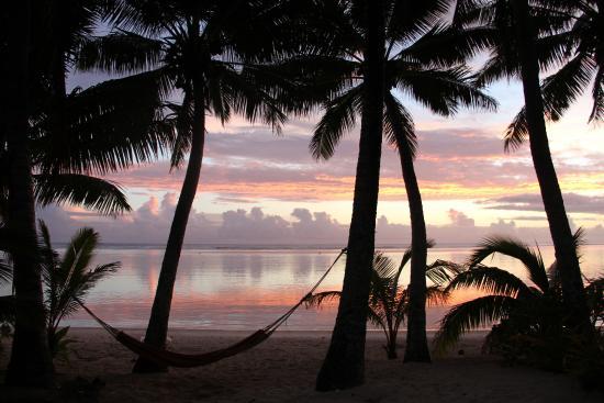 Bella Beach Bungalows: Sunset