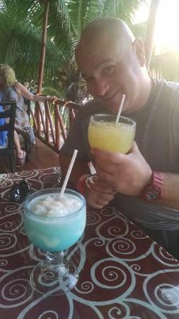 Blue Angel Restaurant : great huge drinks