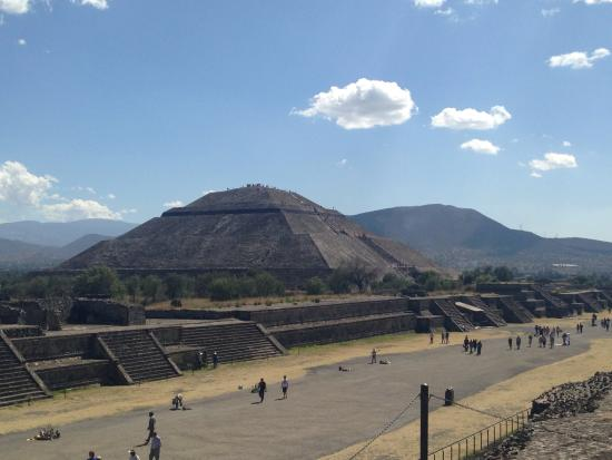 Royal Cars and Tours: Tour a Teotihuacan y Basílica de Guadalupe