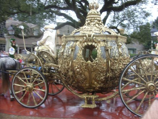 Cinderella 39 s golden carriage pulled by white horses for Places to go horseback riding near me