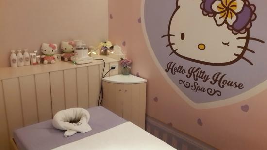 spa manikur pedikur picture of hello kitty house bangkok