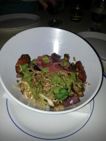 La Chola: Waitress recommended seafood dish, delish