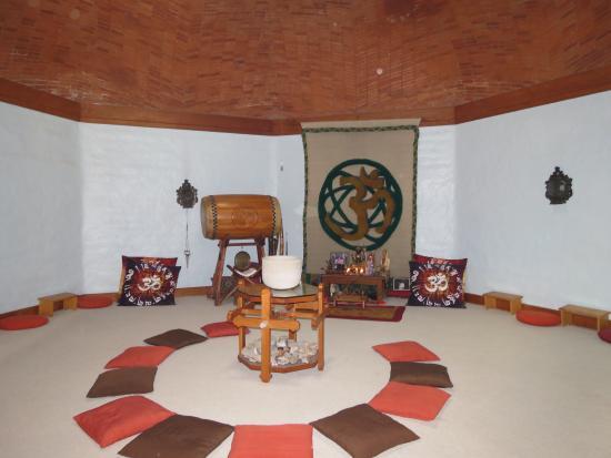 Hostal de la Luz - Spa Holistic Resort: Ashram Interior