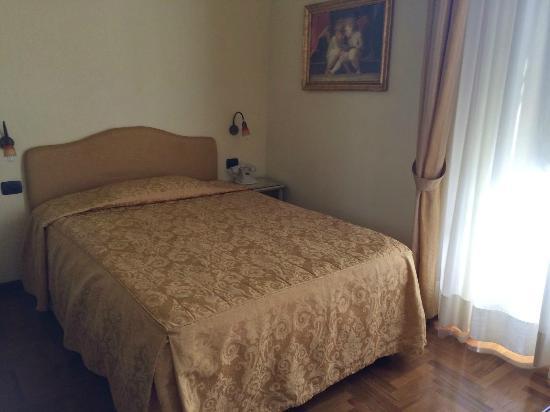B&B Residenza della Signoria: Nice comfy big bed