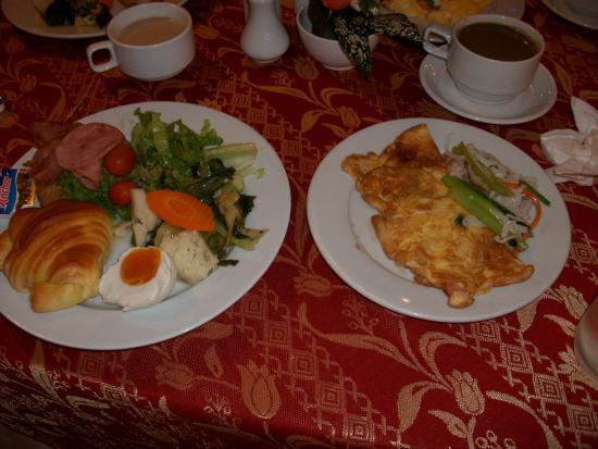 Saigon Star Hotel: 朝食は洋、越、中華がそろっている。