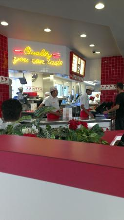 Sunnyvale, CA: In-N-Out Burger