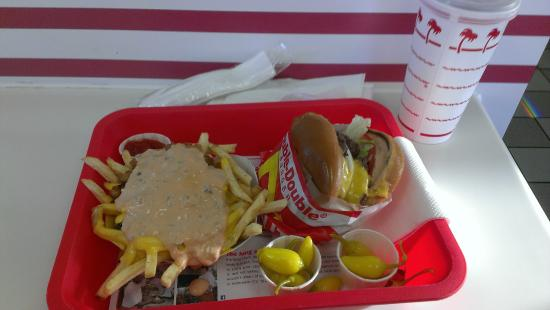 In-N-Out Burger: Double-Double-Menü mit Pommes Animal-Style