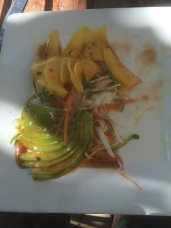 Livingstone Beach Restaurant: magnifica insalata di mango e avocado!