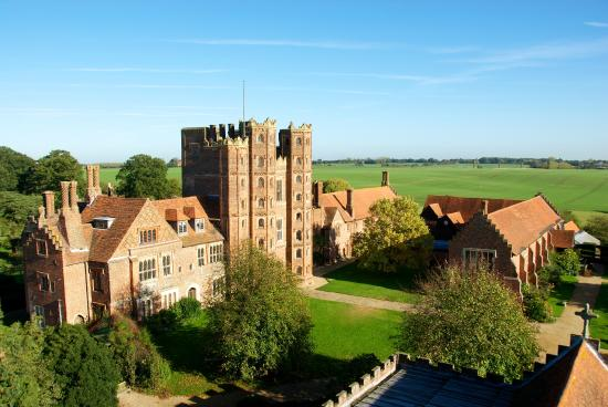 ‪Layer Marney Tower‬