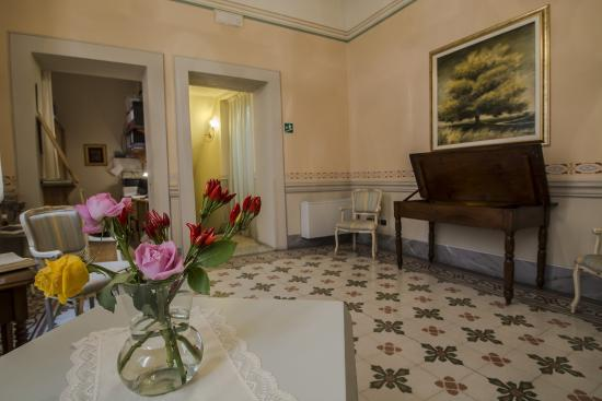 A Palazzo Busdraghi, Residenza d'Epoca : Hall e Reception